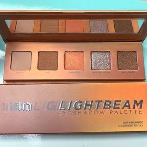 Brand New UD lightbeam eyeshadow palette